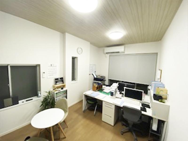 鈴木登記測量事務所の求人画像