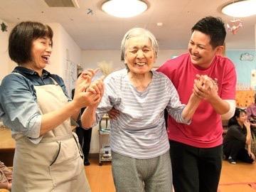 愛の家小規模多機能型居宅介護 中野上高田の求人画像